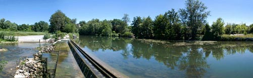 Barrage et passe à poissons à Monfourat